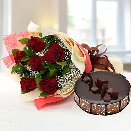 Elegant Rose Bouquet With Chocolate Cake: Flowers and Cakes