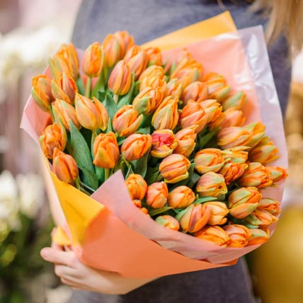 Orange Tulips Bouquet: Qatar National Day Gifts