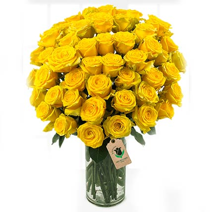 Bright Yellow Roses Vase: Flower Arrangements