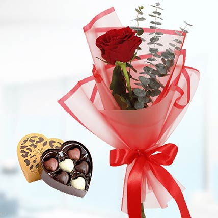 Red Rose & Godiva Chocolates: Red Rose Flower