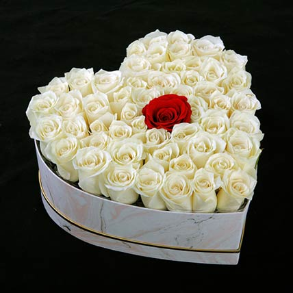 Pure Love Roses Heart Box: Flower Box