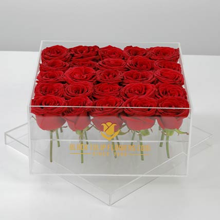 Romantic Box Of Red Roses: Flower Box