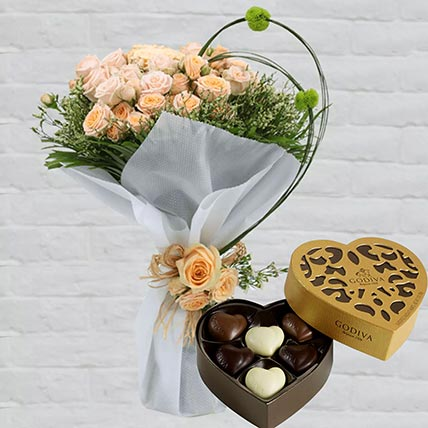 Spray Roses Bouquet & Godiva Chocolates: Diwali Gifts