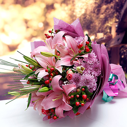 Colors of Charm: Lily Flower Bouquet