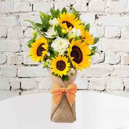 Sunflower Galore Bunch: Sunflower Bouquet