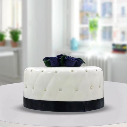 Designer Theme Cake: Wedding Day Cake