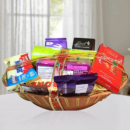 Sweet & Salty Delights Hamper: Midnight Gifts Delivery