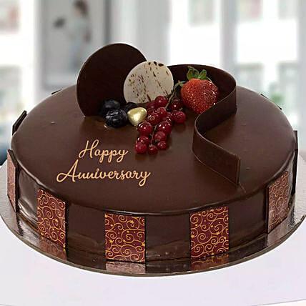 Anniversary Chocolate Cake: Chocolate Cake