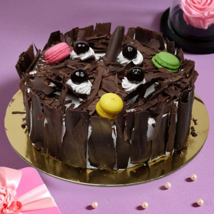 Black Forest Cake 1 Kg: Cake Delivery In Qatar