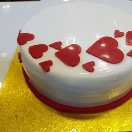 Hearty Fondant Cake: Themed Fondant Cakes In Qatar