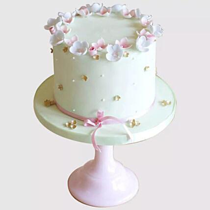 Elegant Butterfly Cake: Designer Cakes