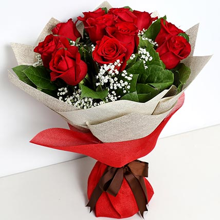 Bunch Of Ravishing Roses: Propose Day Gifts