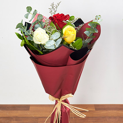 Vibrant Bouquet Of Colored Roses: Hand Bouquets
