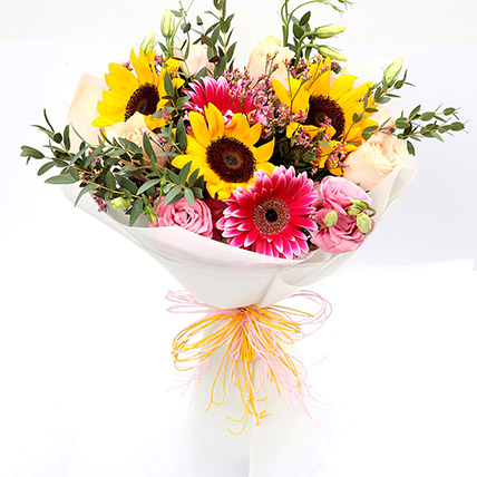 Harmonic Roses and Suflower Mixed Bouquet: Buy Sunflowers