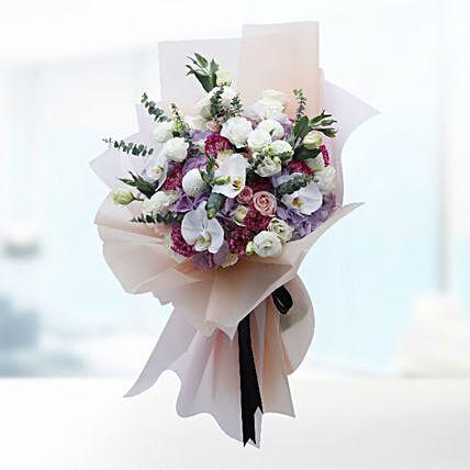 Luxurious Flower Bouquet- Standard