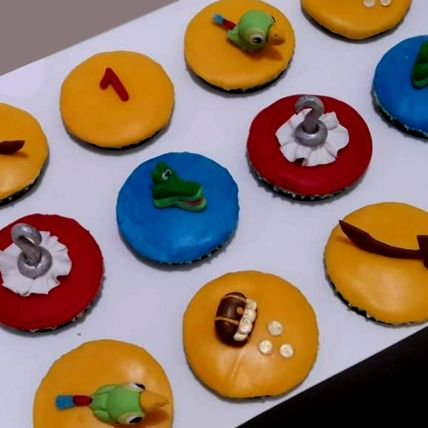 Jake And Neverland Pineapple Cupcakes