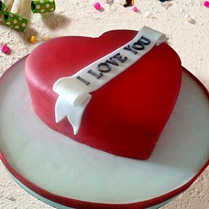 Lovely Heart Vanilla Cake 2.5 Kgs