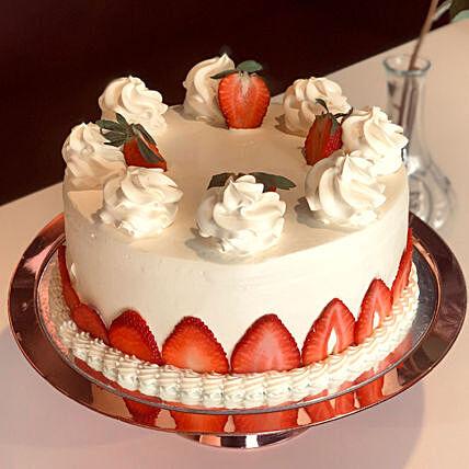 Blush Strawberry Cream Cake 1 Kg