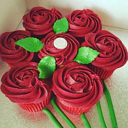 Rose Bouquet Vanilla Cup Cakes