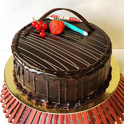 Eggless Chocolate Fudge Cake